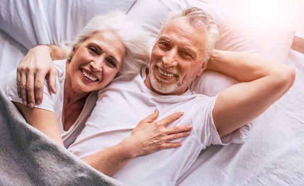 Daten voor senioren hoe werkt dat - jongesenioren.nl
